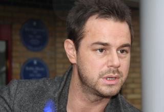 1024px-Danny_Dyer_at_Upton_Park _02_Oct_2010