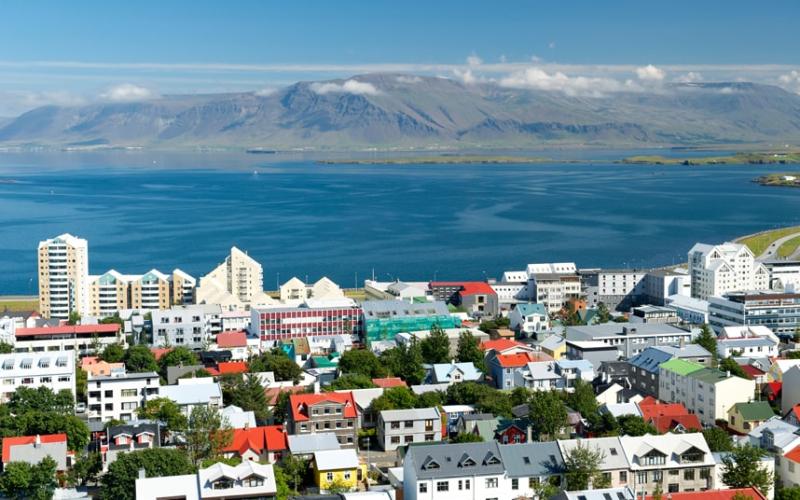 JunereykjavikALAMY_3326536a