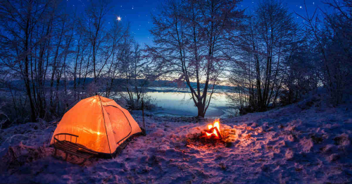 Camping-In-Tent-Under-Stars
